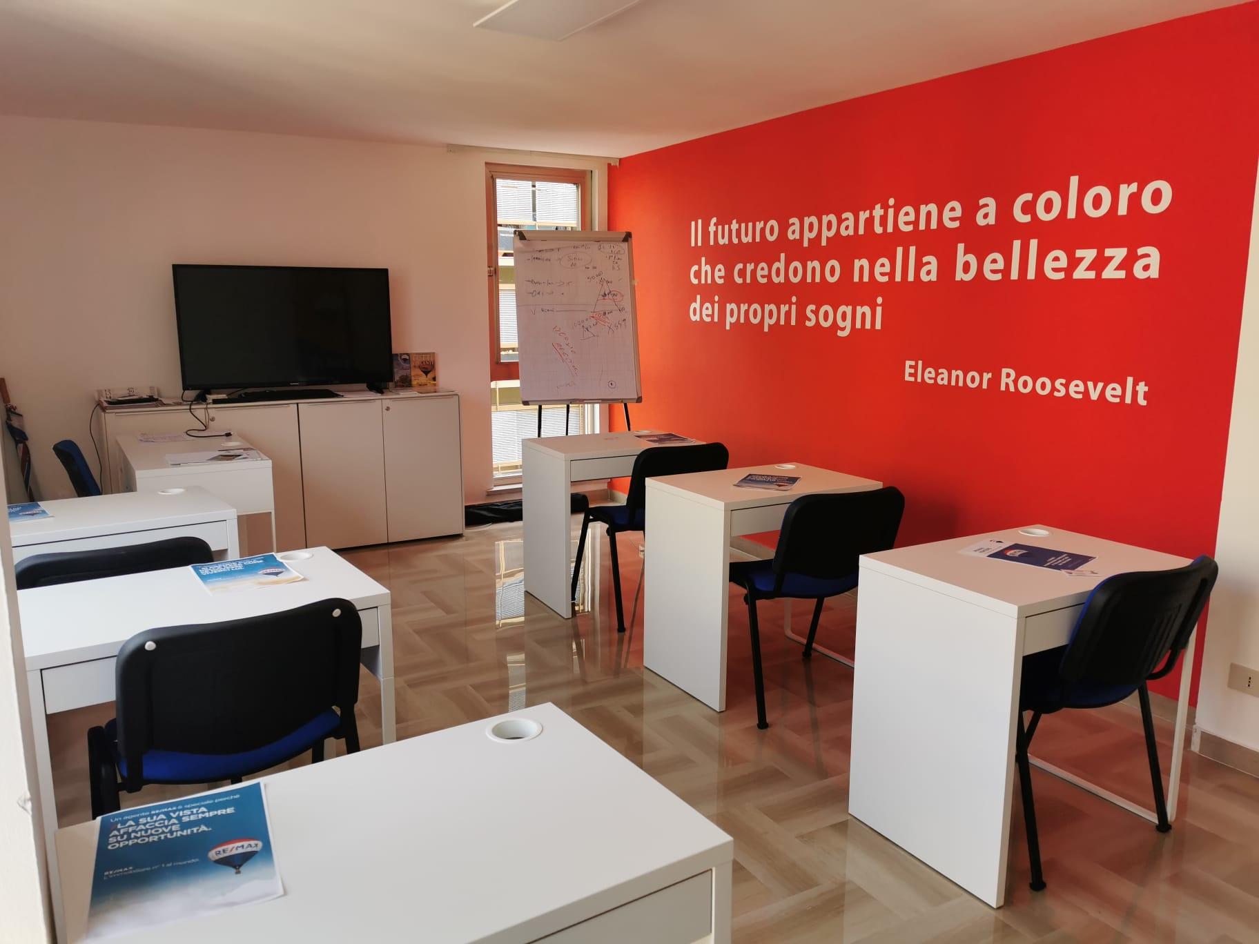 S.B. Global Service sas Agenzia Immobiliare affiliata Remax Hunters Palermo